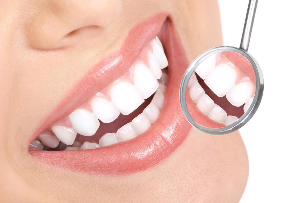 Zobozdravniški pregledi za dijake 1. letnika ter 3. b in 3. e